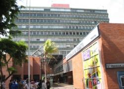 Avenida Blandín, Distrito Capital, ,5 BathroomsBathrooms,En Venta,Oficinas,1062